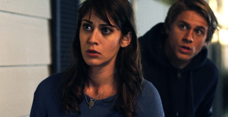 Charlie Hunnam & Lizzy Caplan on the low-budget fun and insane physical comedy of '3, 2, 1… Frankie Go Boom'